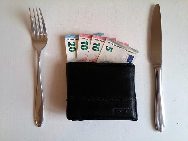 peněženka k obědu.jpg