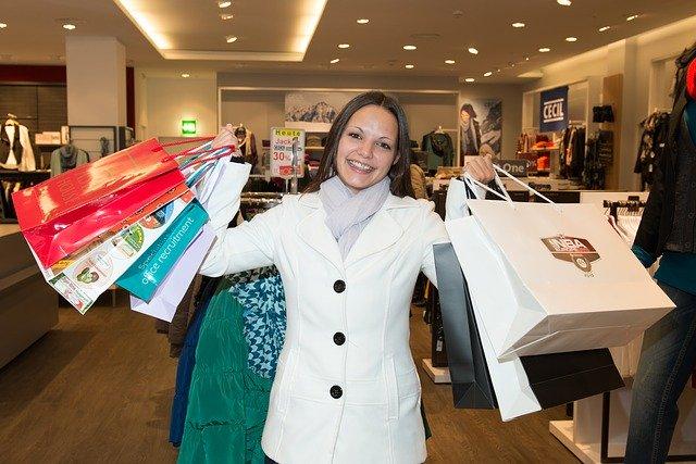Nakupující žena