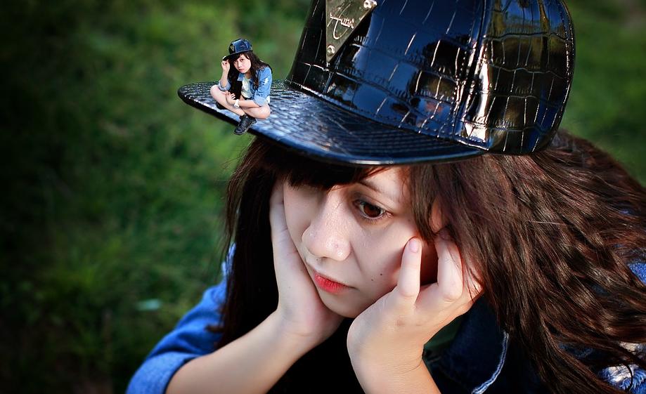 smutná holčička